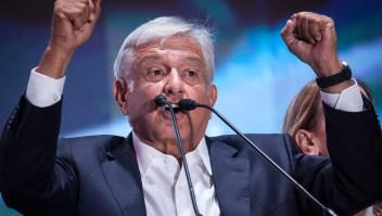 López Obrador en una imagen la noche que ganó las elecciones en México. (Crédito: Pedro Mera/Getty Images)