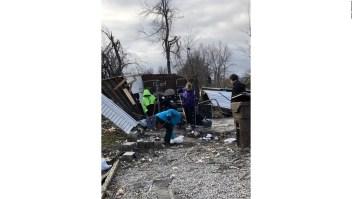 Daños y heridos por tornados en Illinois