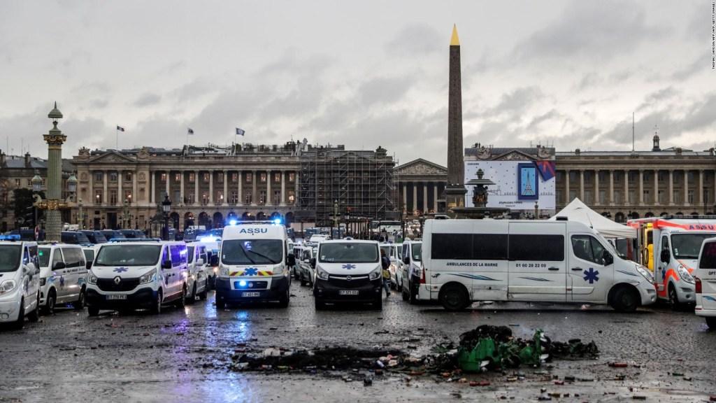 Francia: Macron sopesa declarar estado de emergencia por protestas