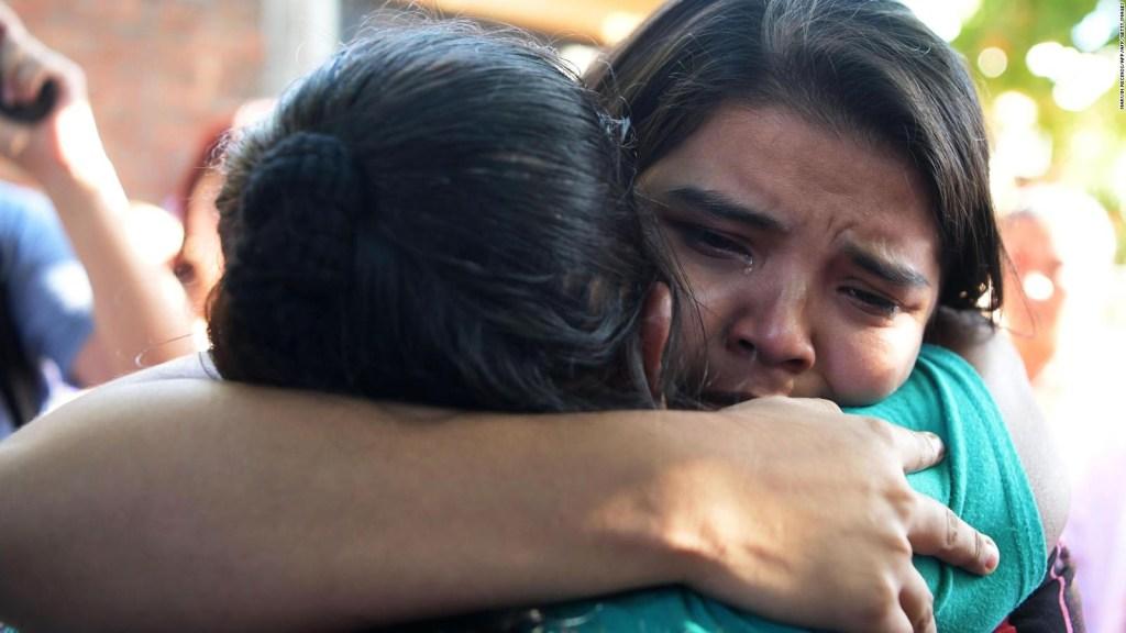 Mujeres en El Salvador celebran la libertada de Imelda Cortez