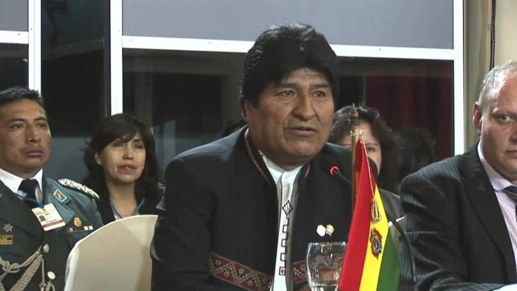 Evo Morales quiere que Bolivia sea subsede del Mundial 2030
