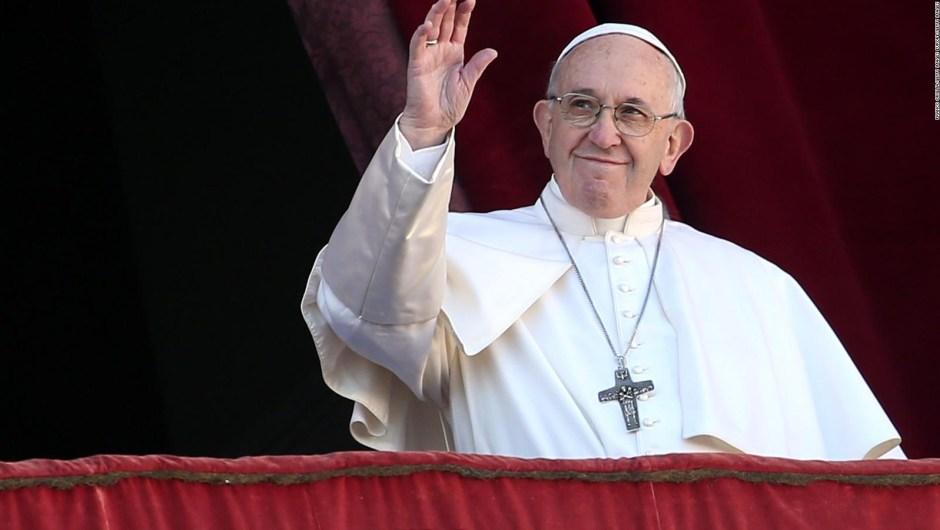 La fraternidad es el tema principal del papa Francisco en su misa navideña