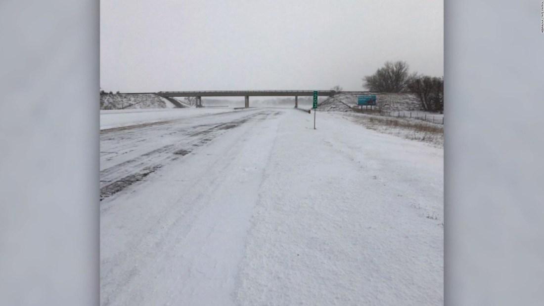 La nieve obliga a cerrar dos rutas en Nebraska