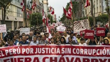Marchan en Perú para exigir renuncia del fiscal general Pedro Chávarry