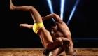 Kushti: la lucha sobre barro en la que participan mujeres y hombres