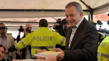 Acusan al colombiano Óscar Naranjo de recibir sobornos