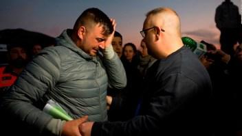 Continúan los esfuerzos para rescatar un pequeño de un pozo en Málaga