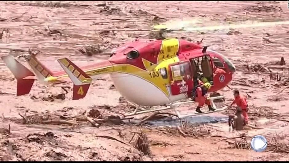 Más de 200 desaparecidos al estallar represa sobre mina en Brasil