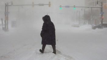 Ola de frío ártico afecta a millones en EE.UU.