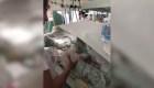 Atienden bebés en un hospital de Argentina a oscuras por cortes de luz
