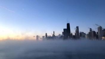 Así amanece el Lago Michigan congelado