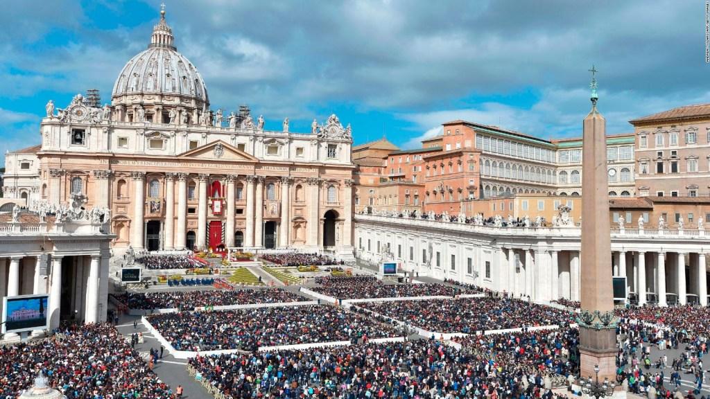 El 80% del Vaticano es gay, según libro de Frederic Martel