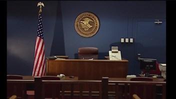 Más de 1.000 inmigrantes se quedan sin audiencias