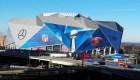 Periodista de CNN llega al techo del estadio del Super Bowl