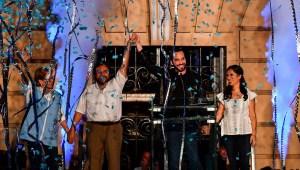 Salvadoreños en Los Ángeles reaccionan al triunfo de Bukele