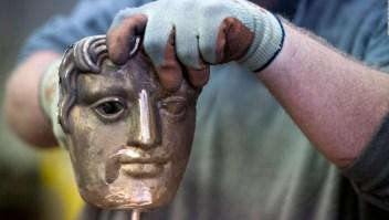 Así se fabrican los trofeos de los BAFTA