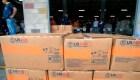 Esto contienen cajas de ayuda humanitaria para Venezuela