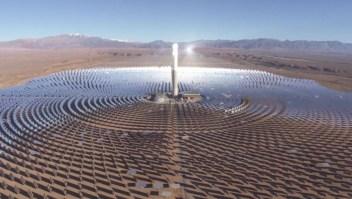 Mira la granja solar concentrada más extensa del mundo
