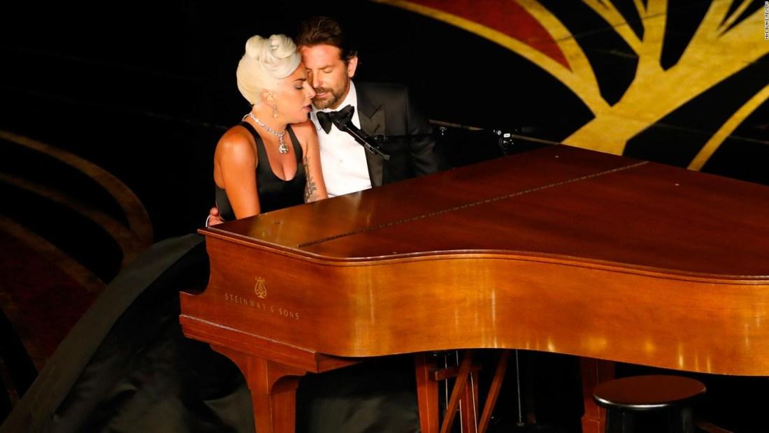 Lady Gaga habla de su conexión con Bradley Cooper