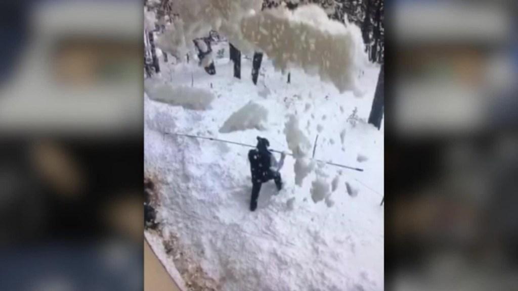 Un hombre quedó sepultado bajo nieve