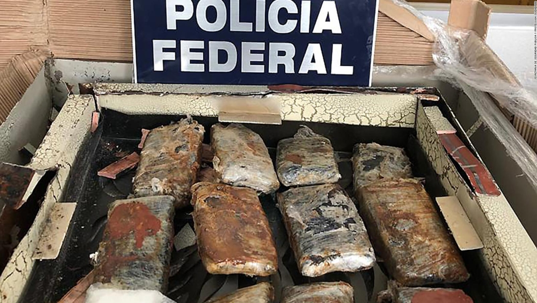 Encontraron 4 kilos de droga escondidos en cuadro