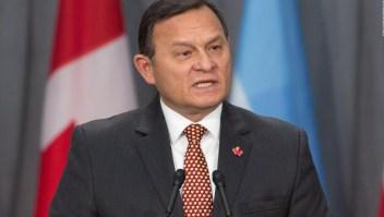 Canciller peruano a favor de congelar ingresos internacionales del gobierno de Maduro