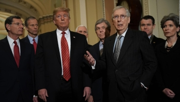 ¿Revuelta republicana para bloquear pedido de emergencia de Trump?