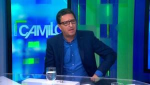 Reencuentro entre César Gómez y Carlos Alberto Montaner.