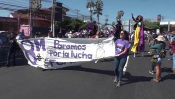 Mujeres en el Salvador exigen respeto a sus derechos