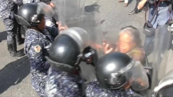 Venezuela: oposición choca con policía durante protestas