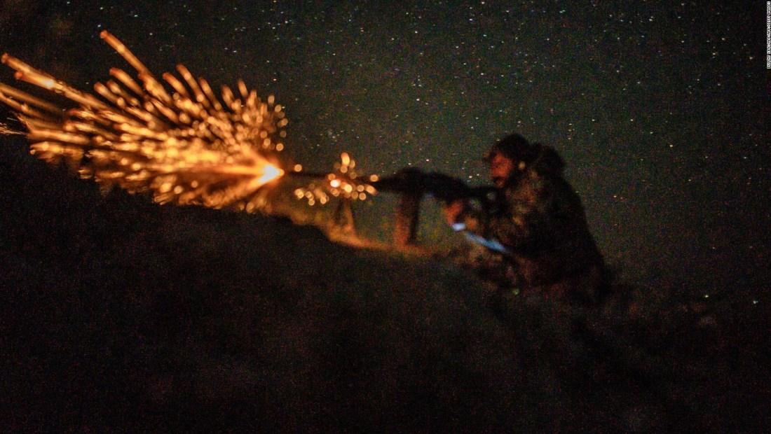 Rendición sin precedentes de militantes de ISIS en Siria