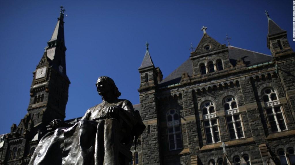 Escándalo de sobornos en universidades de EE.UU.: ¿cuál es la raíz del problema?