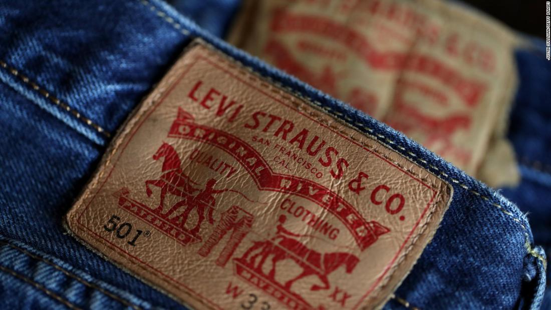 Director Ejecutivo De Levi S No Pongas Tus Jeans En El Congelador Ni En La Lavadora Cnn