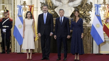 Los reyes de España visitan Argentina
