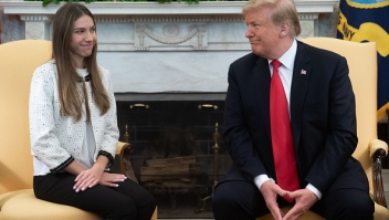 Fabiana Rosales, Donald Trump