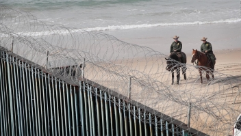 ¿Es una solución el cierre de frontera?