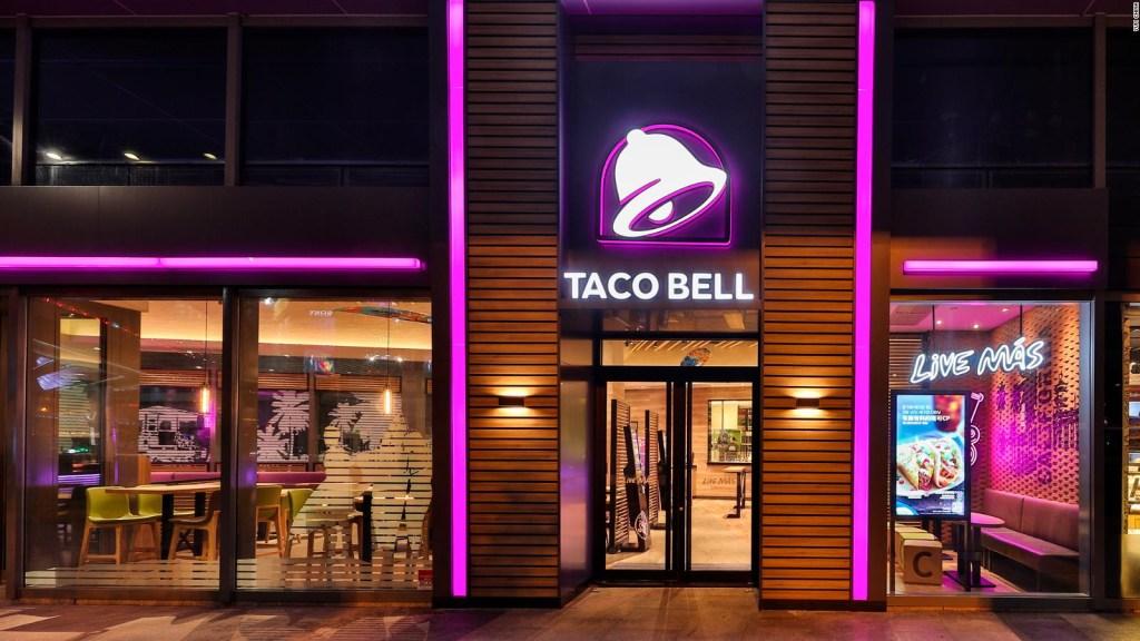 Taco Bell reclutará personal con fiestas