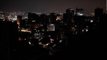 Maduro anuncia plan de racionamiento de energía eléctrica