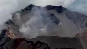 Aumenta tamaño del cráter del Popocatépetl tras explosiones