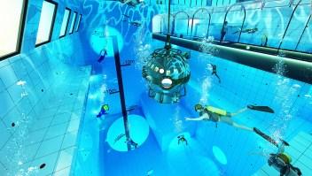 Sumérgete en la piscina más profunda del mundo