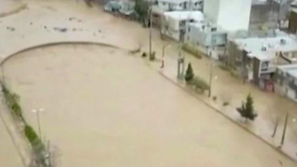 Inundaciones en Irán deja al menos 70 muertos