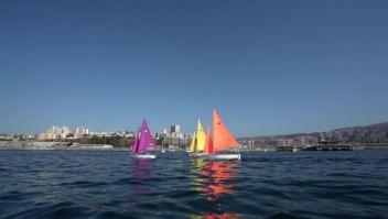 Domando el océano  Pacífico, en Valparaíso