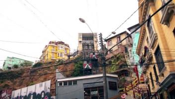 Viajamos en los encantadores funiculares de Valparaíso, en Chile