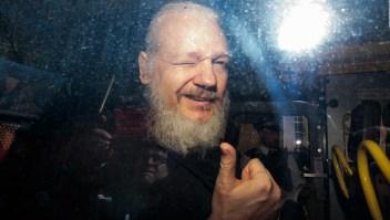 EE.UU. pide la extradición de Assange