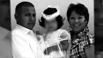 Su esposa murió en combate en Afganistán y él fue deportado