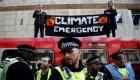 Cientos de arrestos en protestas por cambio climático en Londres