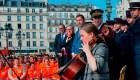 París agradece a sus bomberos por salvar Notre Dame
