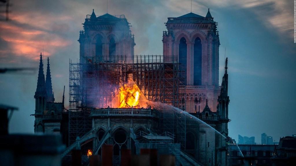 Compañía que remodelaba Notre Dame estuvo involucrada en un incendio