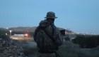 Grupo de milicianos armados detiene a migrantes