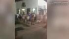 Migrantes huyen en estampida de un albergue
